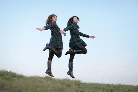 japanese-girl-levitates-natsumi-hayashi-10
