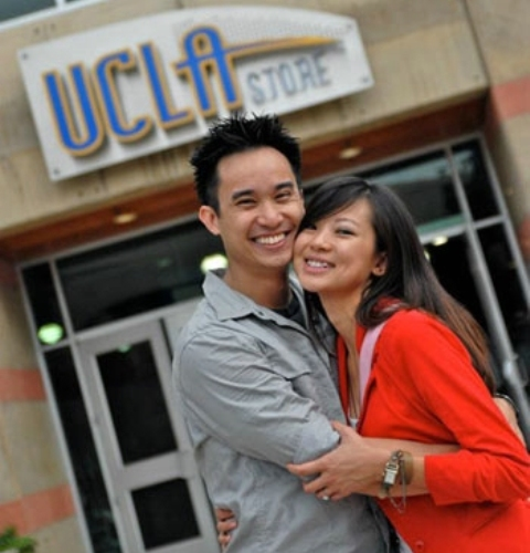Flash-Mob Marriage Proposal At UCLA Campus