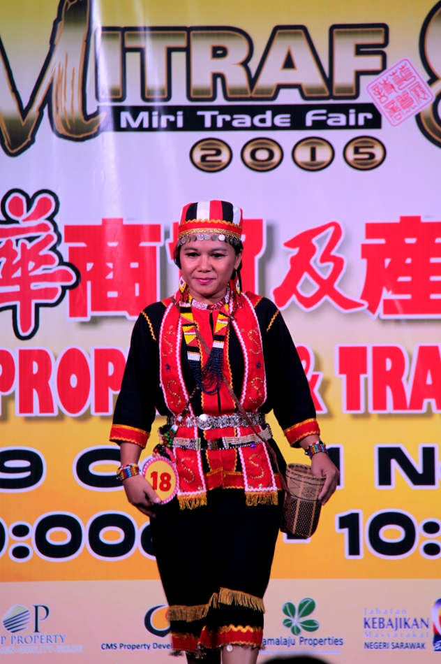 Sarawak Traditional Clothing Talent Show Cy Cy Says