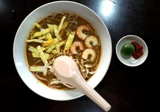 Kuching laksa at Kah Hiong Ngiu Chap