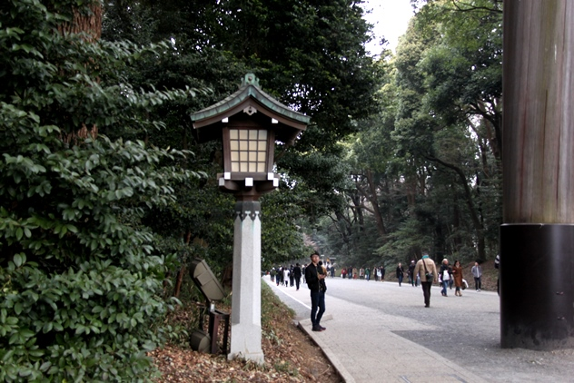 The road leading to the shrine