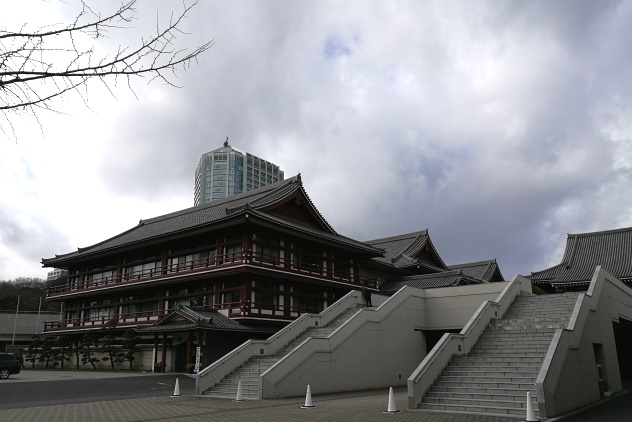 Buildings in the temple grounds