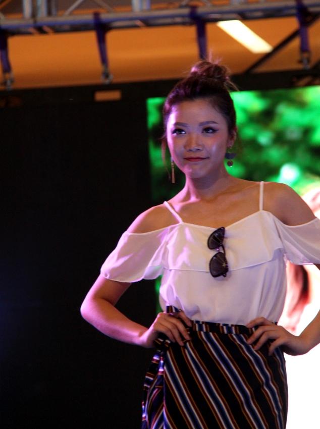 Eva Lau